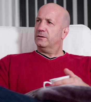 Pre emptive strike - Geoff Thompson - Ex-nightclub bouncer and  Author of Watch My Back