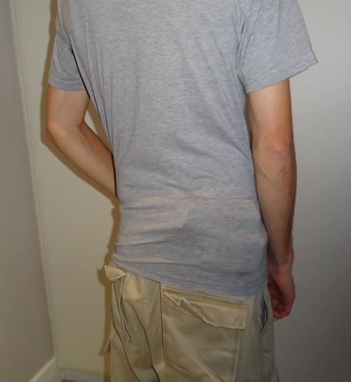 Handgun printing badly under a T-shirt - very visible